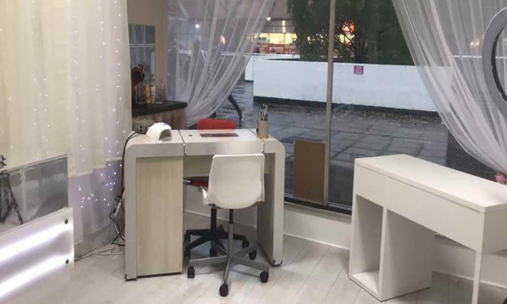 Polished Lounge Trader Story