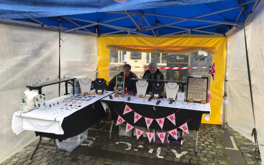 Keeping it in the family – sisters trade as PaSar Designs at Alnwick Market