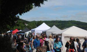 Prom Art Market